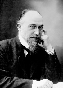 Erik Satie (1866-1925), compositeur français. RV-57030 /©Roger-Viollet