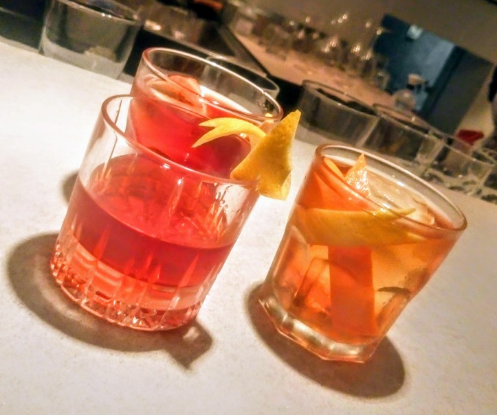 isola_bar_sazerac_manhattan_old_fashioned