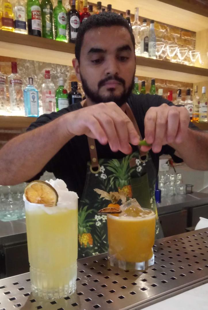 baixa_rua_augusta_michel_felicio_pineapple_bar